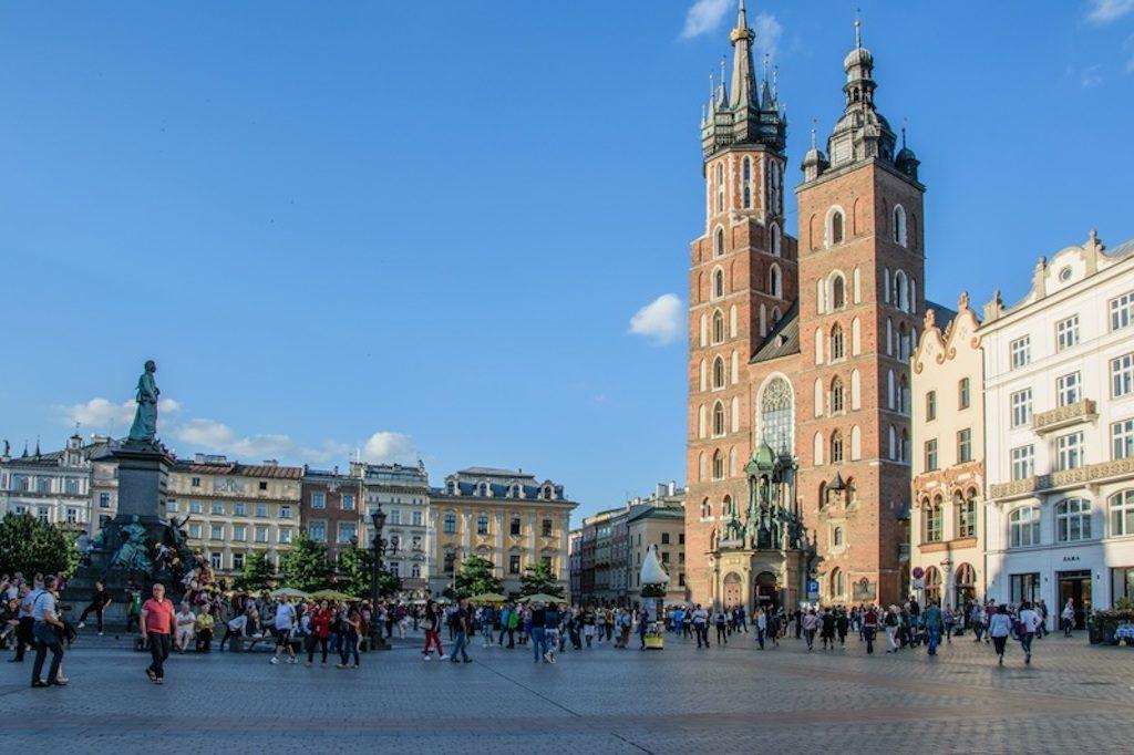 krakow-main-market