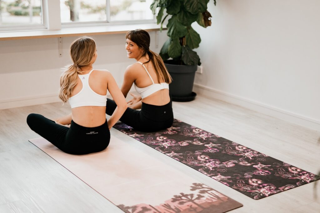 Benefits To Working Out In A Hot Yoga Hut